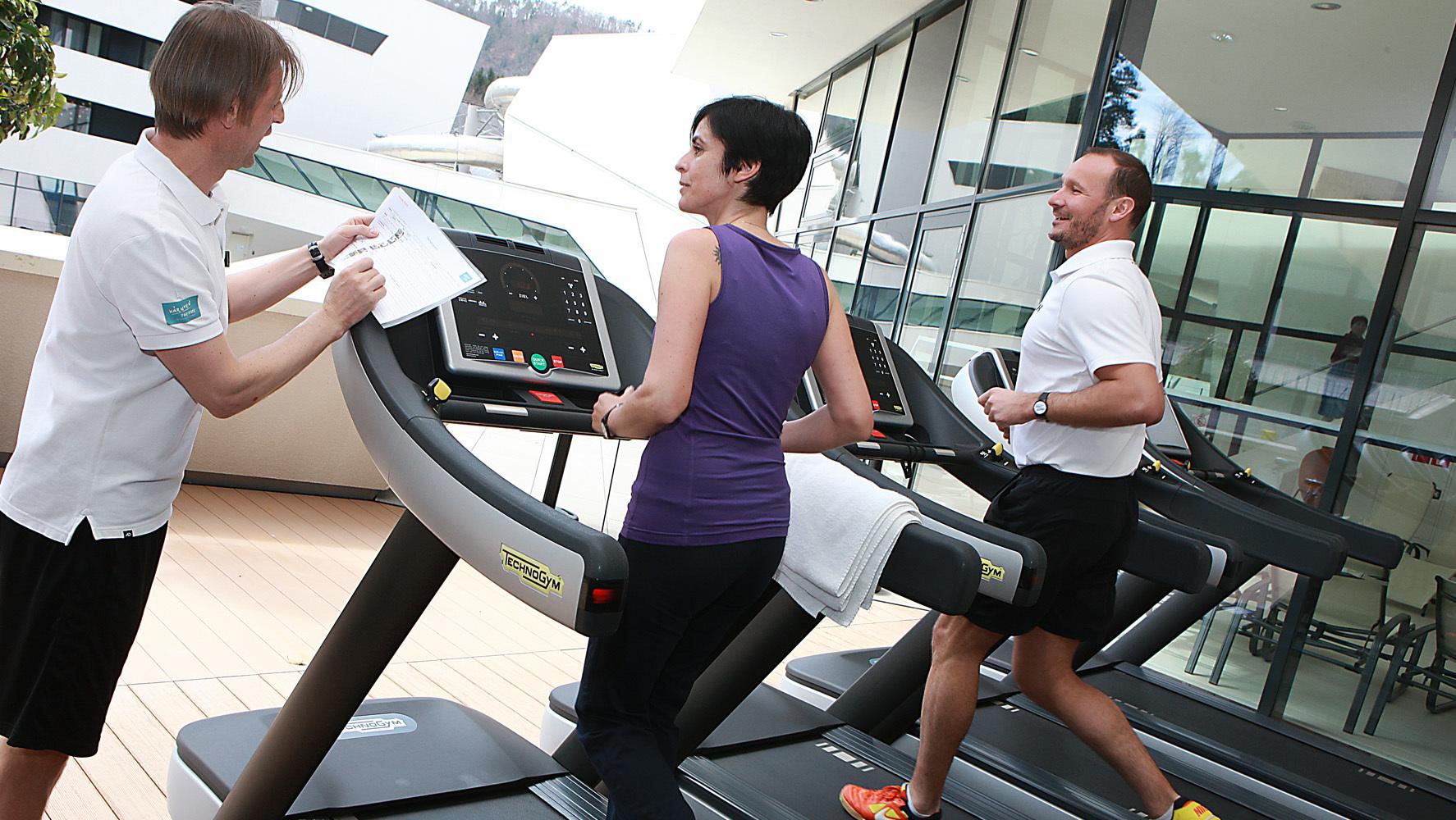 fitnessstudio fitness uhr